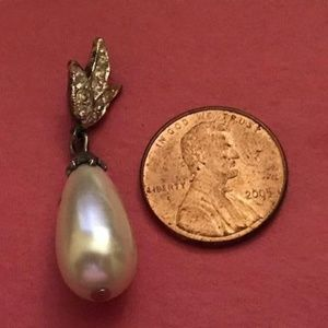 Teardrop Faux Pearl and Crystal Pendant